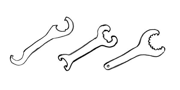 btm-brkt-wrenches004